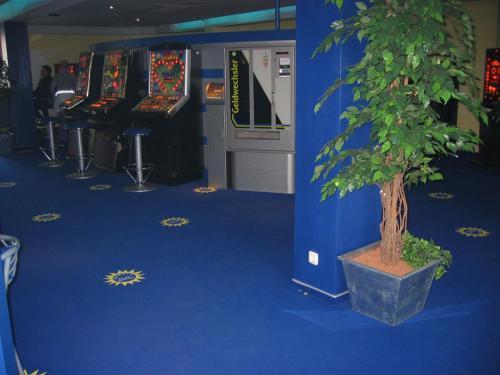 Spielhalle-Teppichboden-4